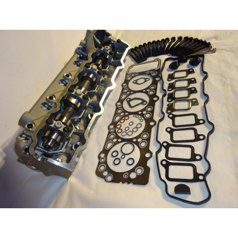 Cylinder Head  Package 4M40T